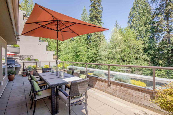 304 1500 OSTLER COURT, North Vancouver