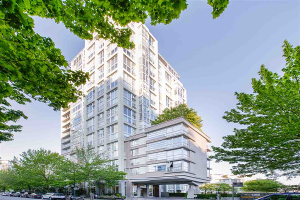 605 1228 MARINASIDE CRESCENT, Vancouver