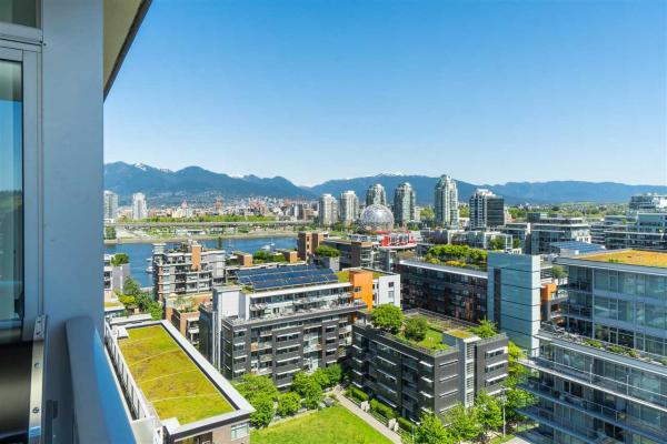 1703 168 W 1ST AVENUE, Vancouver