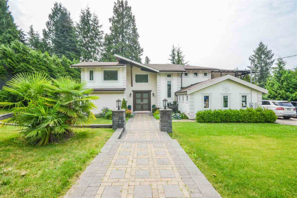 571 W ST. JAMES ROAD, North Vancouver