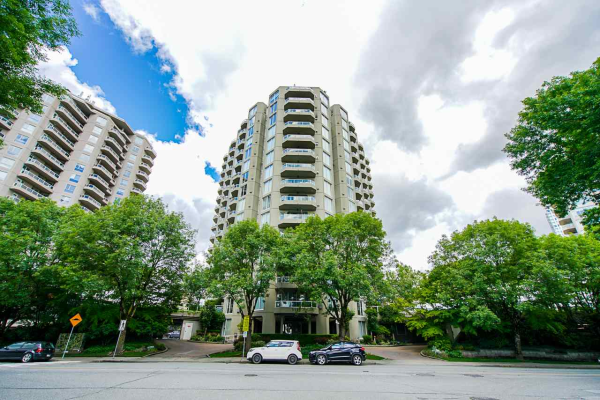 606 1135 QUAYSIDE DRIVE, New Westminster