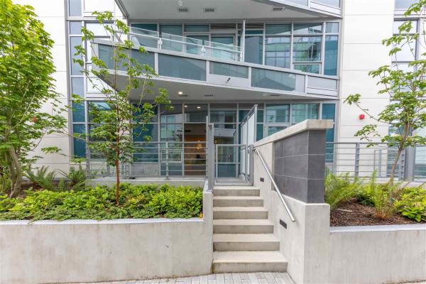 111 5033 CAMBIE STREET, Vancouver