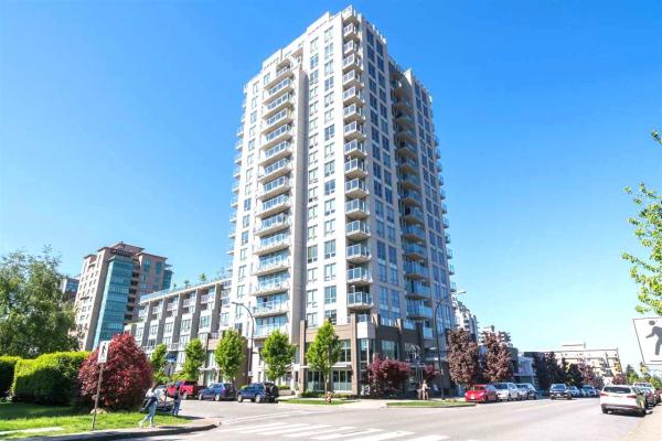 1204 135 E 17TH STREET, North Vancouver