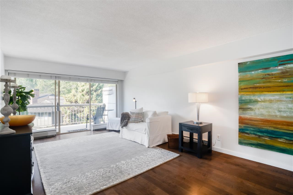 1257 235 KEITH ROAD, West Vancouver