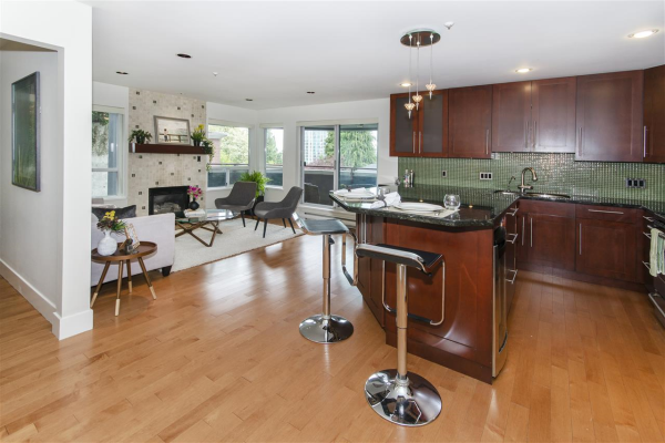 202 120 E 2ND STREET, North Vancouver