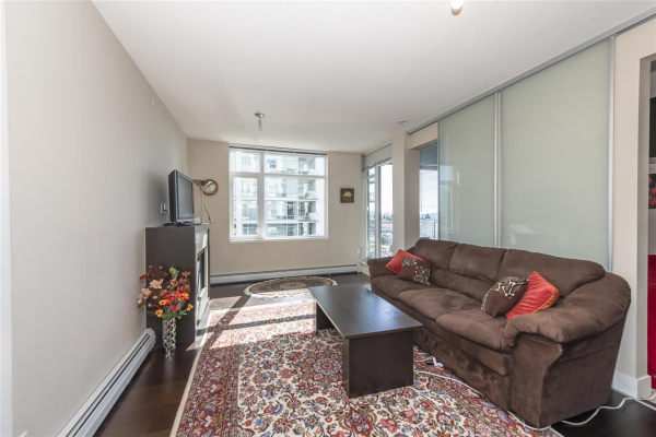 1208 1320 CHESTERFIELD AVENUE, North Vancouver