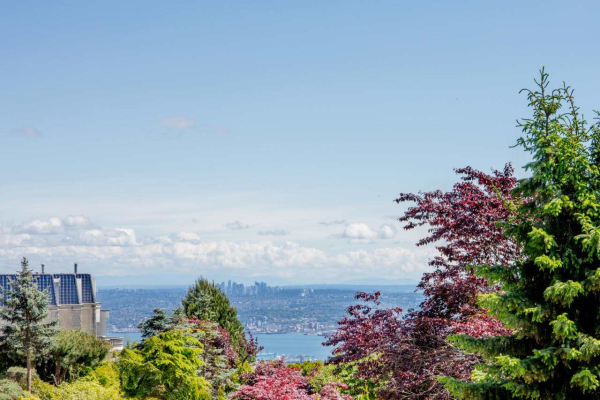 1496 BRAMWELL ROAD, West Vancouver