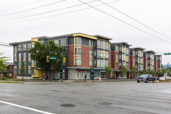 320 2889 E 1ST AVENUE, Vancouver