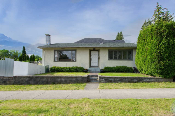 356 W 23RD STREET, North Vancouver