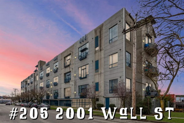 205 2001 WALL STREET, Vancouver