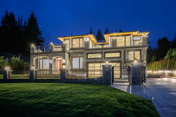 991 CROSS CREEK ROAD, West Vancouver