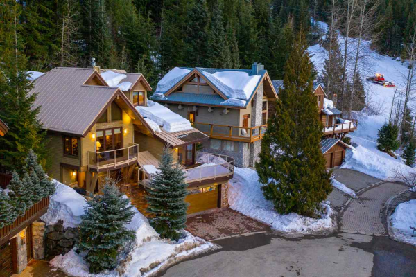 2566 SNOWRIDGE CRESCENT, Whistler