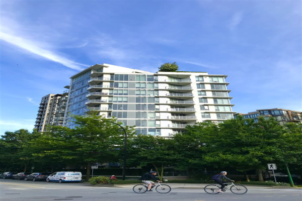 803 175 W 2ND STREET, North Vancouver
