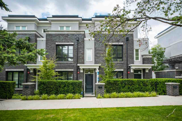 256 W 62ND AVENUE, Vancouver
