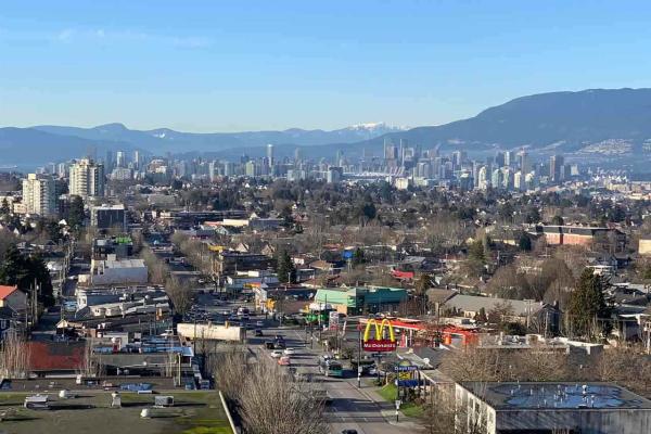 808 4638 GLADSTONE STREET, Vancouver