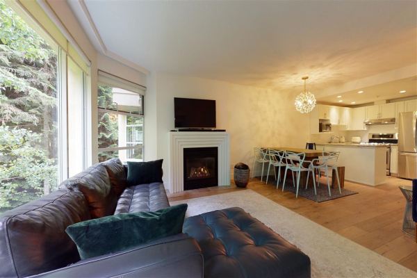 518 4910 SPEARHEAD PLACE, Whistler