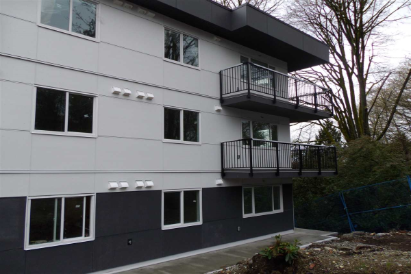 208 357 E 2ND STREET, North Vancouver