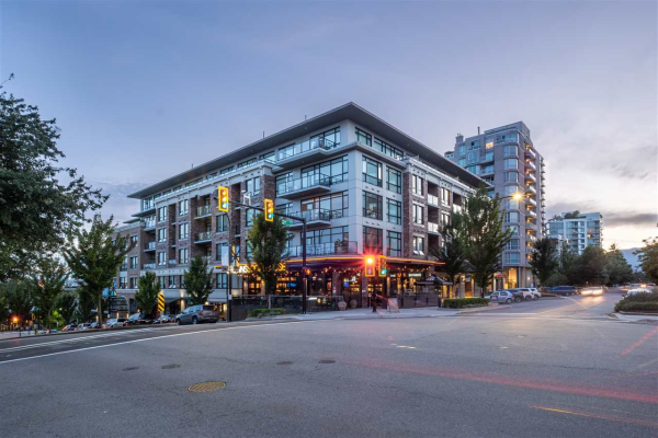101 105 W 2ND STREET, North Vancouver