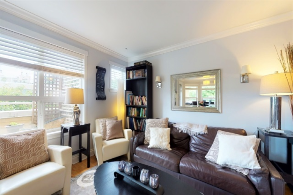 106 510 CHESTERFIELD AVENUE, North Vancouver