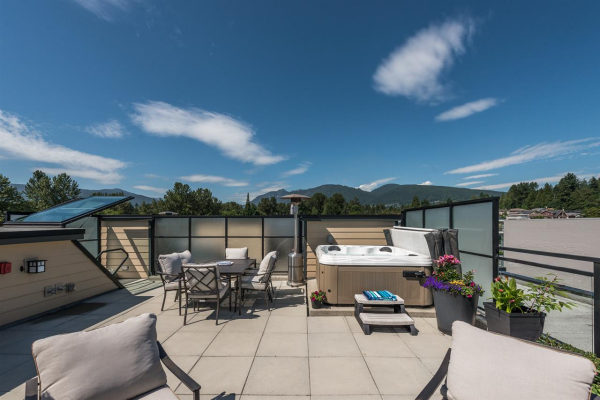 408 733 W 14TH STREET, North Vancouver