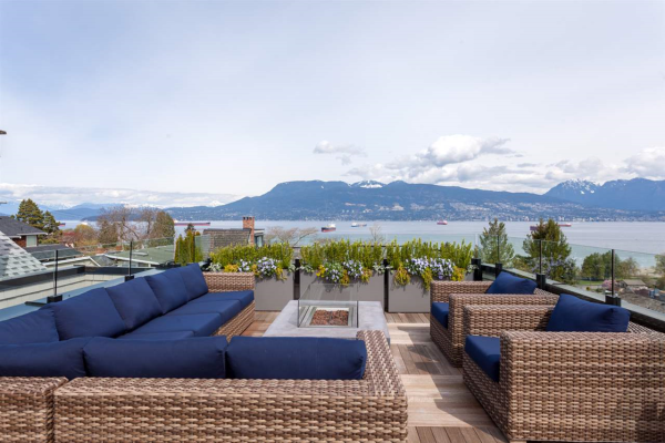 4573 W 2ND AVENUE, Vancouver