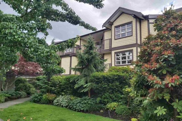 203 235 W 4TH STREET, North Vancouver
