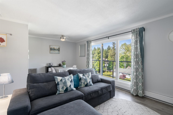304 156 W 21ST STREET, North Vancouver