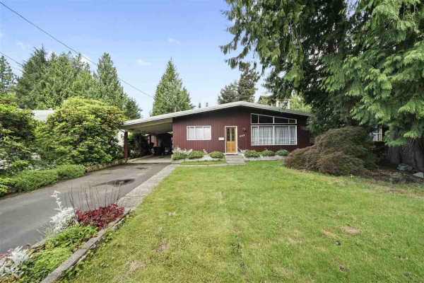 3123 BAIRD ROAD, North Vancouver
