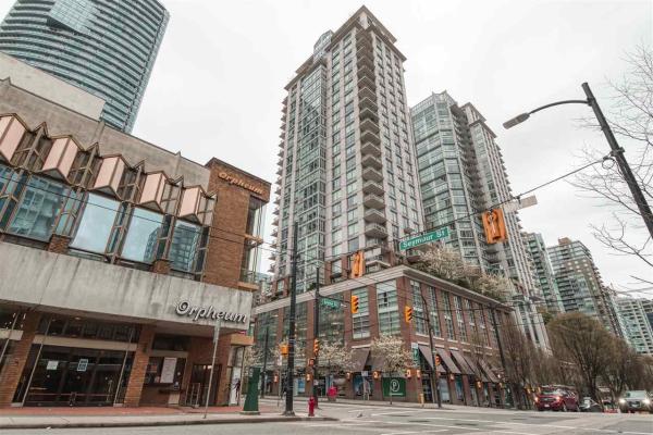 1104 565 SMITHE STREET, Vancouver