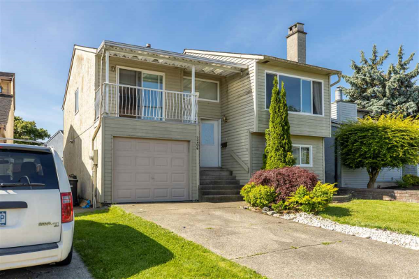 2206 WILLOUGHBY WAY, Langley