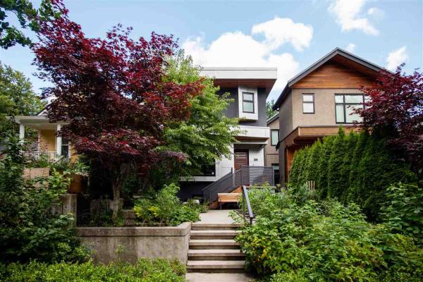 279 E 19TH AVENUE, Vancouver