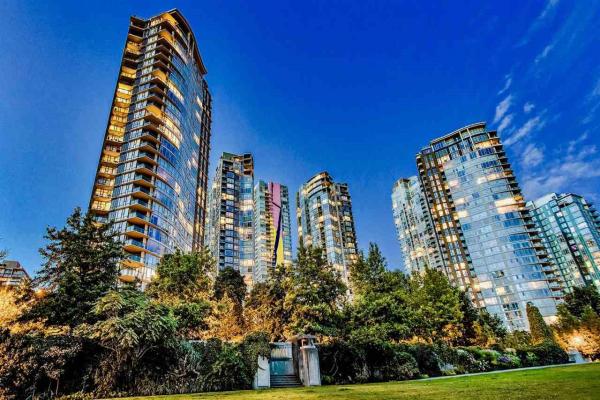 1701 583 BEACH CRESCENT, Vancouver