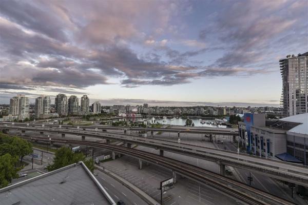 1601 688 ABBOTT STREET, Vancouver