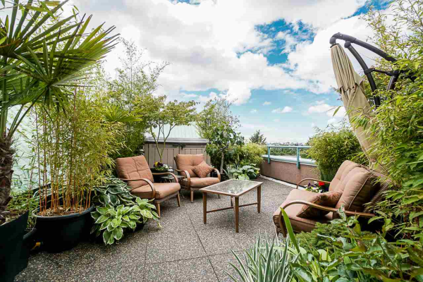 421 1150 QUAYSIDE DRIVE, New Westminster
