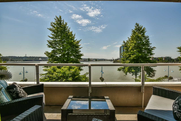319 1150 QUAYSIDE DRIVE, New Westminster