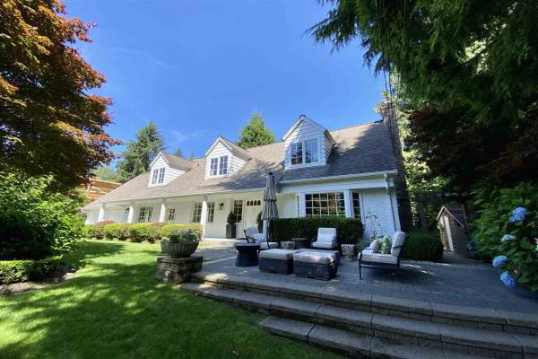 3755 SOUTHRIDGE AVENUE, West Vancouver