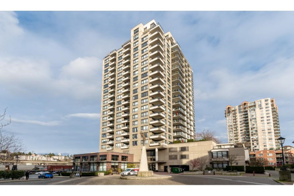 504 1 RENAISSANCE SQUARE, New Westminster