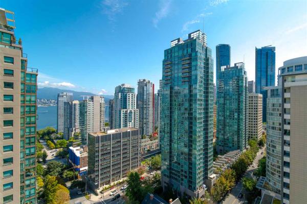 2102 717 JERVIS STREET, Vancouver