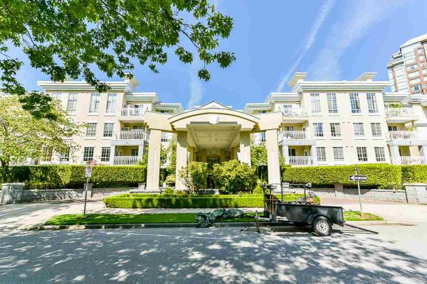 325 5835 HAMPTON PLACE, Vancouver