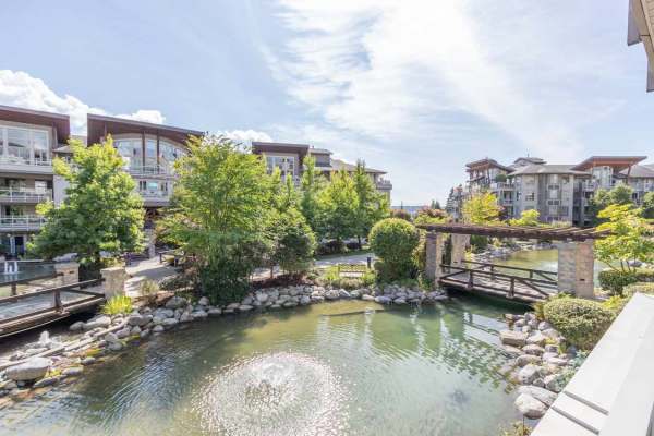 217 580 RAVEN WOODS DRIVE, North Vancouver