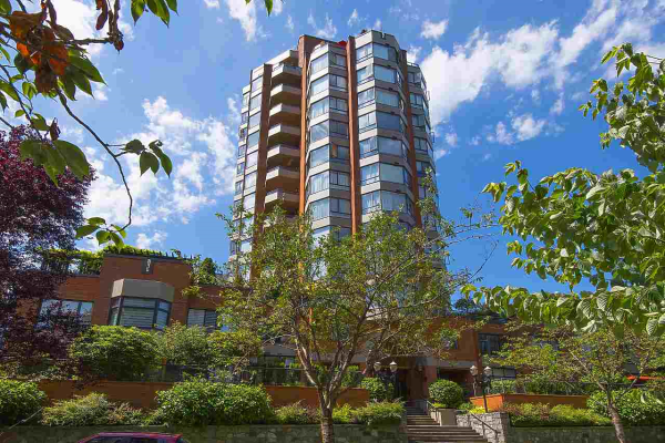 203 1860 ROBSON STREET, Vancouver