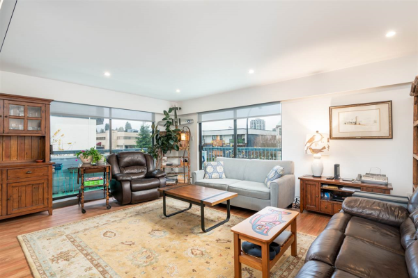 206 134 W 20TH STREET, North Vancouver