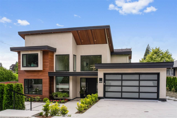 955 FOREST HILLS DRIVE, North Vancouver