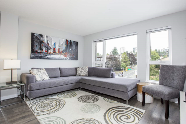 406 221 E 3RD STREET, North Vancouver