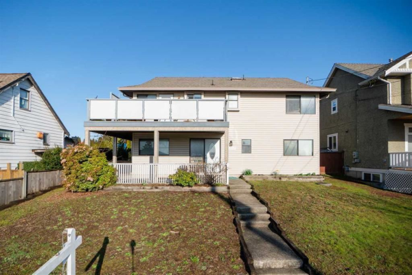 2029 NINTH AVENUE, New Westminster