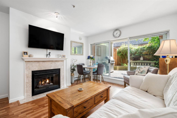 102 855 W 16TH STREET, North Vancouver