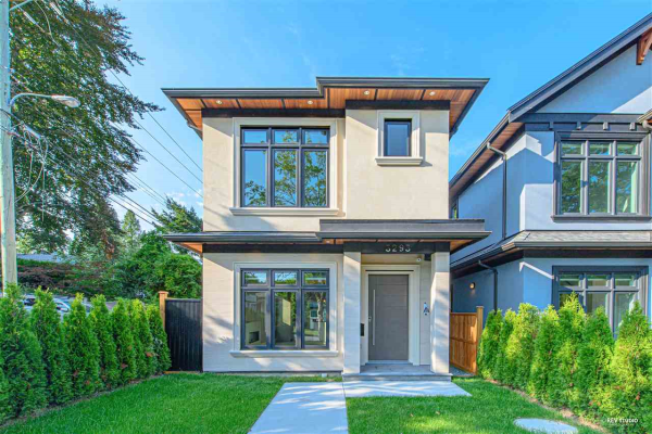 3293 W 33RD AVENUE, Vancouver