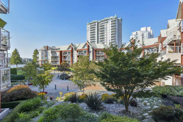 209B 1210 QUAYSIDE DRIVE, New Westminster