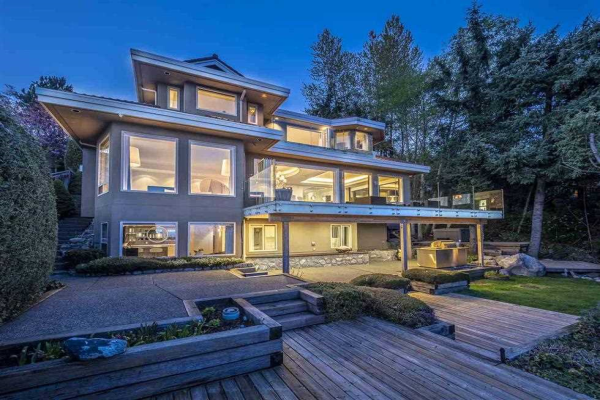 1560 CHIPPENDALE COURT, West Vancouver
