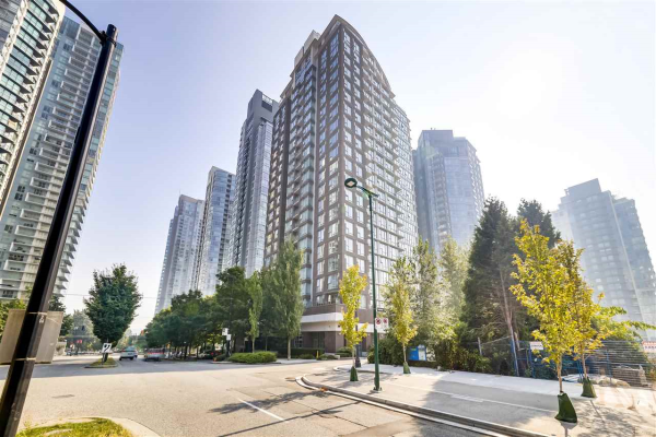 606 550 PACIFIC STREET, Vancouver